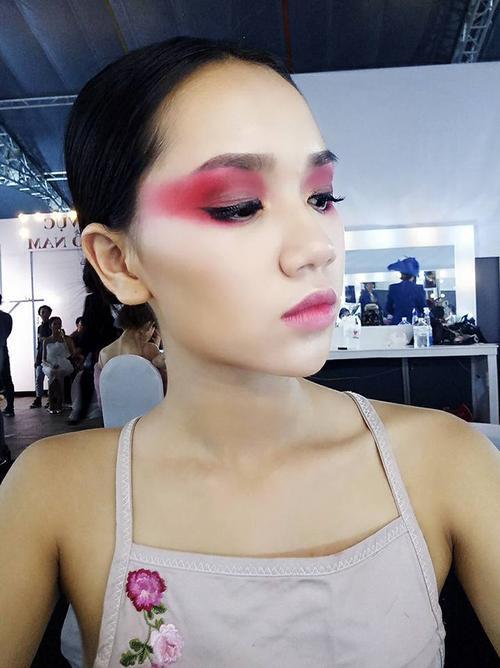 Nhan sắc xinh đẹp của nữ sinh Việt tham gia cuộc thi Hoa khôi các trường Đại Học Thế giới - ảnh 9