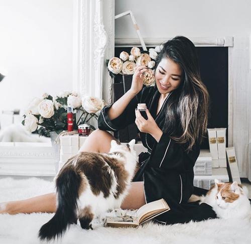 Cô gái gốc Việt lọt vào danh sách những cô gái có tài khoản Instagram 'đắt' nhất thế giới - ảnh 11