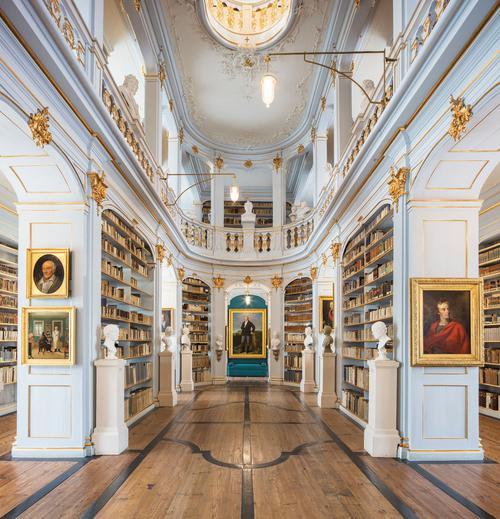 13 thư viện lộng lẫy và vĩ đại nhất trên thế giới - Ảnh 10.
