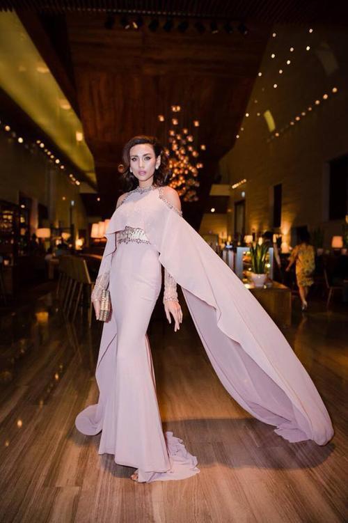 Cùng diện váy pastel, Võ Hoàng Yến 'dìm hàng' trang phục, Diệu Thuỳ trông ngọt n - ảnh 1