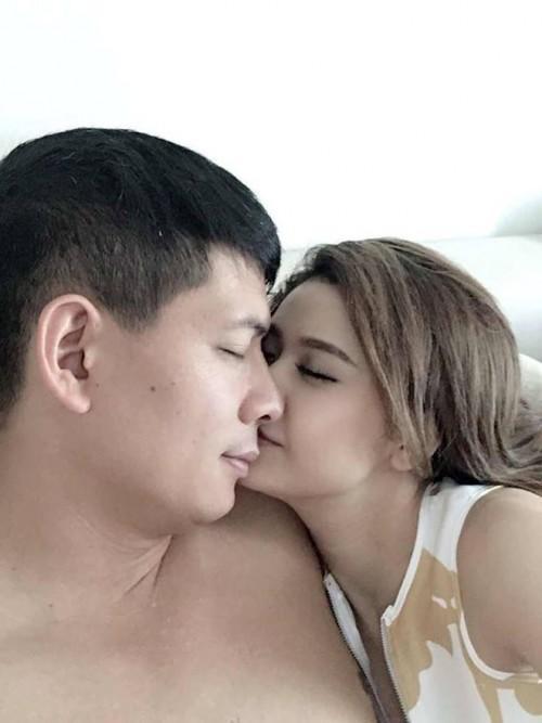 Sau lùm xùm tình cảm với Bình Minh, Trương Quỳnh Anh lần đầu chia sẻ ảnh trên mạng xã hội