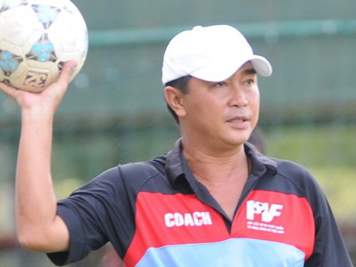 HLV Trần Minh Chiến cầm quân ở V.League 2018 - Ảnh 1.
