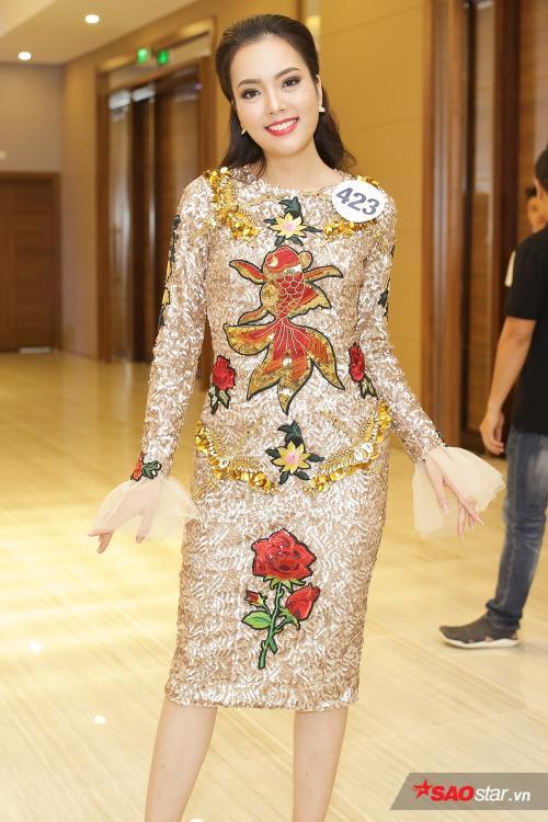 Hoàng Thùy - Mâu Thuỷ chiếm trọn sự chú ý, khoe dáng nuột nà bên dàn thí sinh HHHV Việt Nam