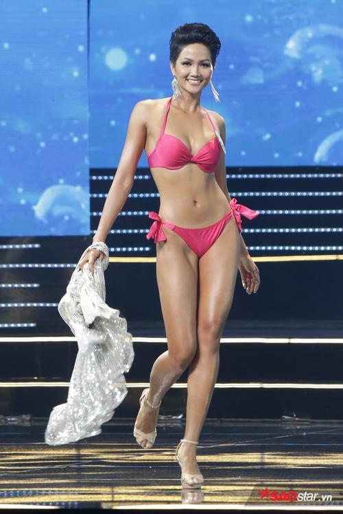 Bất ngờ với nhan sắc năm 19 tuổi của tân Hoa hậu Hoàn vũ Việt Nam H'Hen Niê