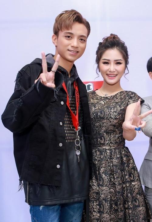 2 gương mặt được thay thế là Soobin Hoàng Sơn và Hương Tràm.