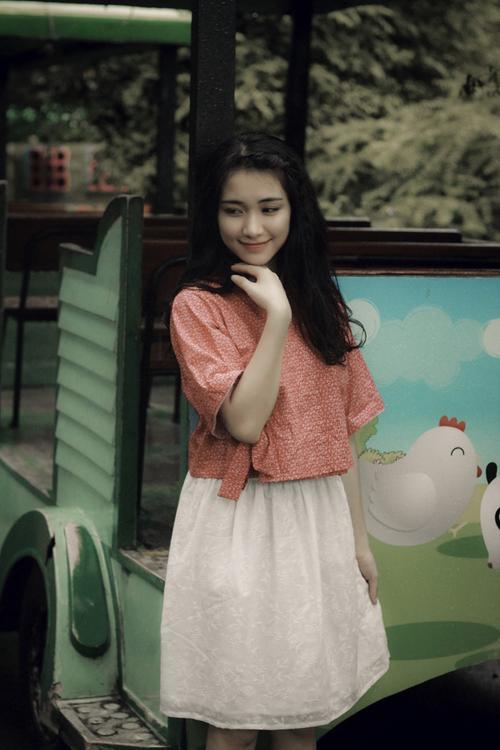 Không chỉ 'lầy' và duyên, Hòa Minzy còn vô cùng 'kẹo ngọt' trong loạt MV này - ảnh 2