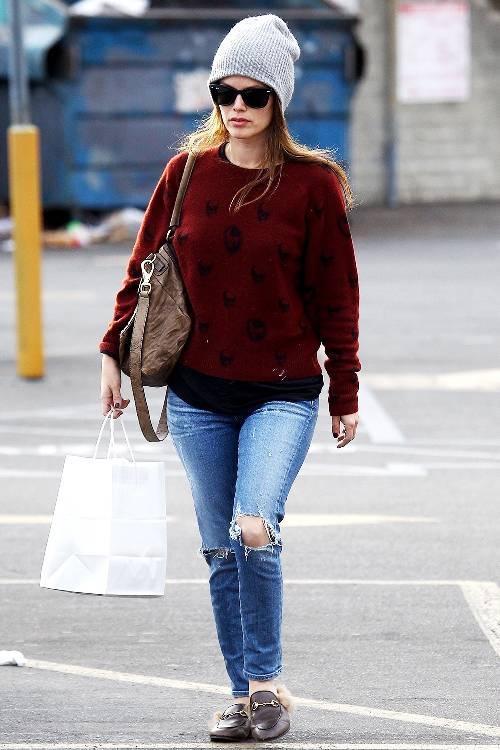 outfits with flats 246948 1516223564592 image 500x0c - Phạm Hương, Kỳ Duyên đã cất giày cao vời vợi vào tủ… để tậu mốt giày Selena Gomez mê mẩn