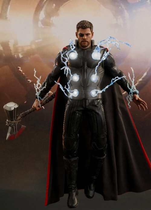 Chiếc rìu Stormbreaker cũng đã xuất hiện trong mô hình đồ chơi mới của Thor.