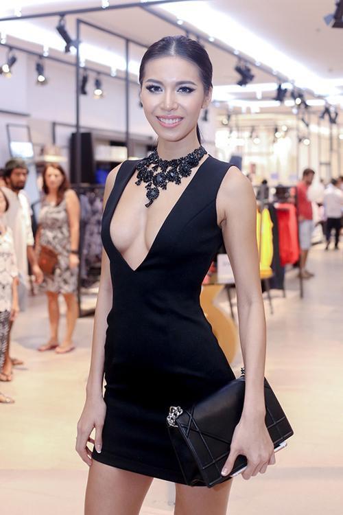Minh Tú Giải bạc Siêu mẫu Việt Nam 2013