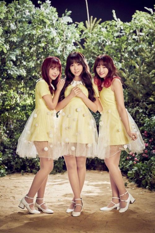 Nhóm 3 diễn viên JAV tung teaser debut như 'tờ giấy trắng', nhạc bắt tai bất ngờ