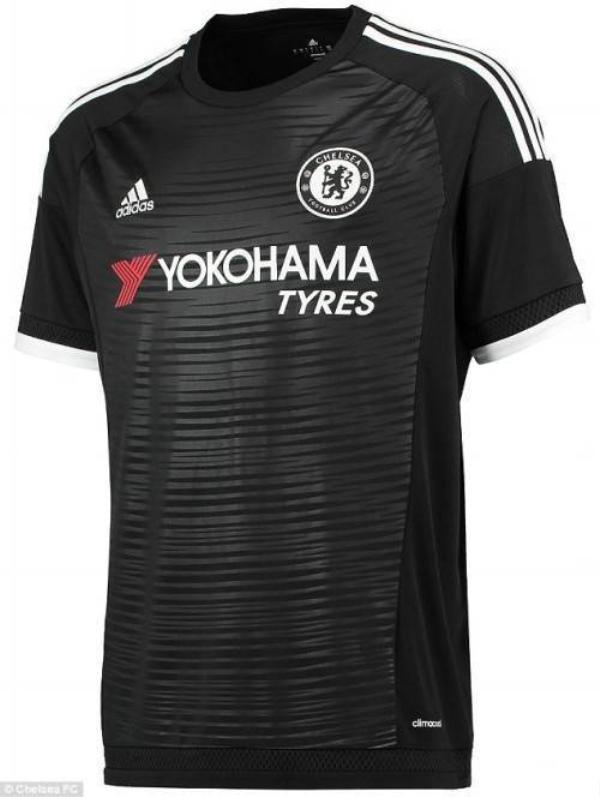 Mẫu áo đấu thứ 3 theo ý tưởng lốp xe của Chelsea