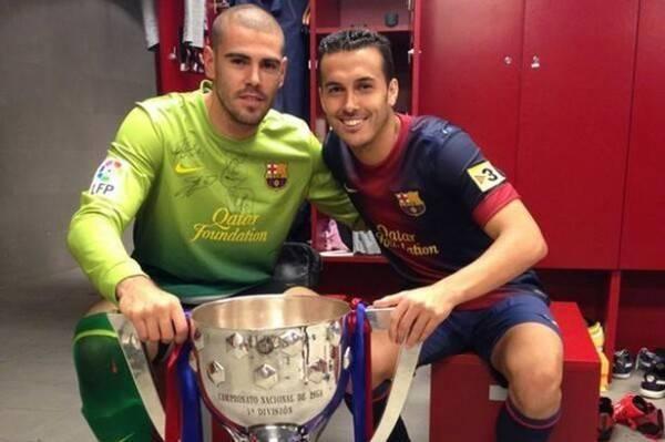 Tình bạn thân thiết với thủ môn Valdes-Pedro chính là nguyên nhân Pedro gạt bỏ Quỷ đỏ