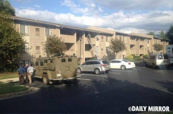 Căn hộ của y chỉ cách đài truyền hình WDJB, nơi làm việc của hai nạn nhân bị y bắn chết, khoảng 500 m.