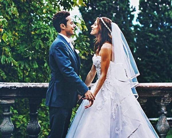 Đám cưới bạn thân của Lilo - triệu phú Justin Etzin và siêu mẫu Lana Zacokela