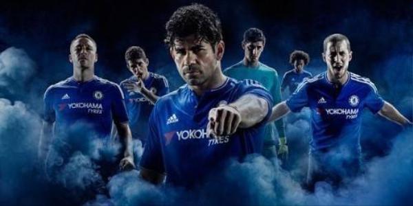Mẫu áo sân nhà và sân khách của Chelsea được công bố trước đó