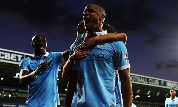 Niềm vui của Manchester City sau trận thắng
