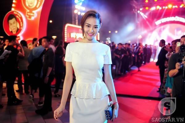 Á hậu - người mẫu Linh Chi.