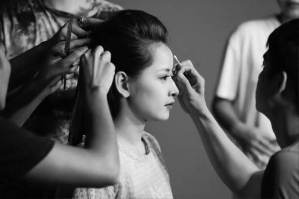 """Năm 2014, diễn xuất của Chi Pu ngày càng được công nhận với những vai diễn thành công trong film điện ảnh: Thần tượng, Hương Ga, Chung cư ma, cùng hai phim ngắn """"My Sunshine"""" và """"Cô gái trên tầng thượng"""" do chínhChi Pusản xuất và đảm nhận vai chính đã ra mắt và nhận được những phản hồi tích cực."""