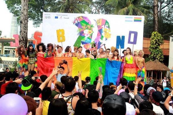 Việt Pride thật sự là một lễ hội có bổ ích và mang nhiều ý nghĩa đối với cộng đồng LGBT Việt Nam.
