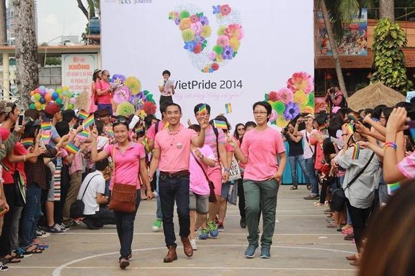 Việt Pride đã giúp cộng đồng LGBT trở nên đoàn kết và không còn cảm thấy đơn độc trong cuộc đầu tranh dài hơi phía trước.