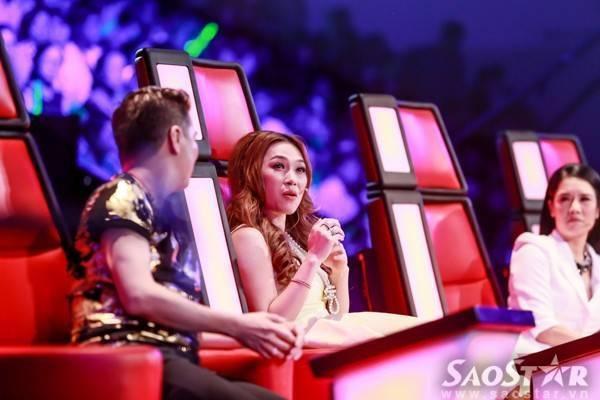 """Ngay từ những vòng đầu của The Voice, cặp đôi được các fan ưu ái đặt cho cái tên rất kêu là """"Tưng- Hâm"""" khiến khán giả đứng ngồi không yên..."""