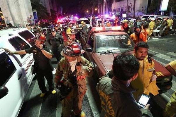 Nội tệ và chứng khoán Thái Lan lao dốc không phanh sau vụ nổ bom ở Bangkok - Ảnh: Bloomberg