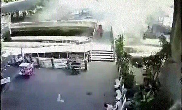 Hiện trường vụ nổ thứ 2 tại Bangkok. Ảnh: Bangkok Post