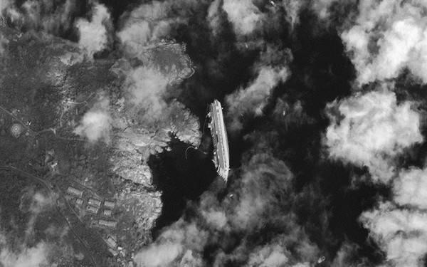 Ngày 17/1/2012, du thuyền cao cấp Costa Concordia lật úp và chìm ở bờ biển tỉnh Giglio, Italy.