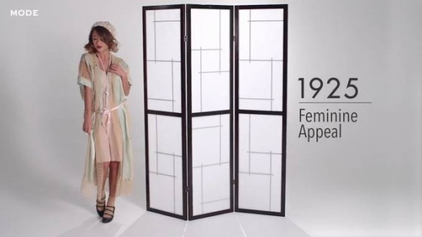 100 Years of Lingerie in 3 Minutes ★ Mode.com - YouTube (720p).00_00_20_23.Still002