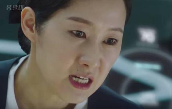 saostar-kim-tae-hee-bi-bat-tai-02