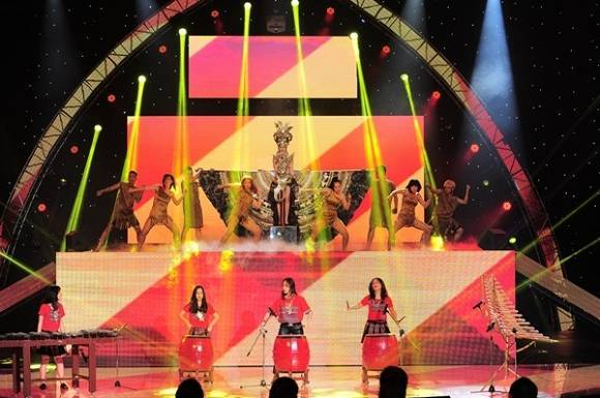the-remix-giang-hong-ngoc-len-ngoi-dau-bang-ngoisaovn-1-ngoisao.vn