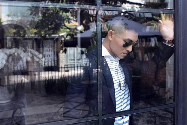 saostar - Nguyen Hong An - bo anh moi - lich lam - album ve xa hoi (5)