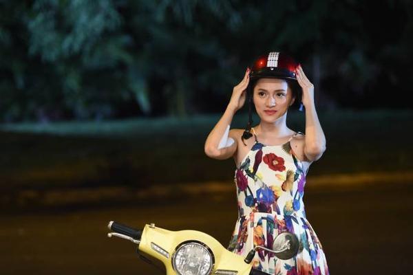 Hương Giang Idol trong vai Thúy