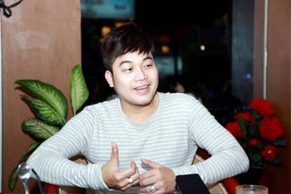 Ca sĩ Khánh Bình.