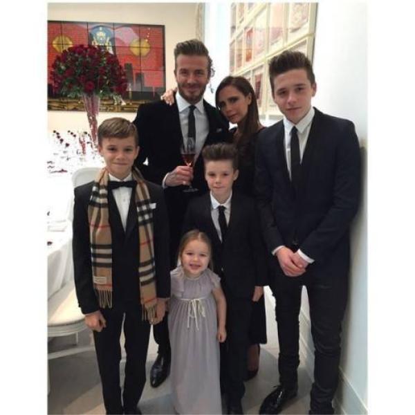 Hình ảnh vui vẻ của gia đình Becks.