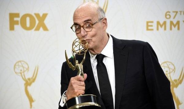 Emmy2015-Jeffrey-Tambor