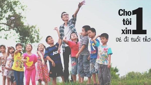 Hình ảnh của Lynk Lee và các em nhỏ trong MV.