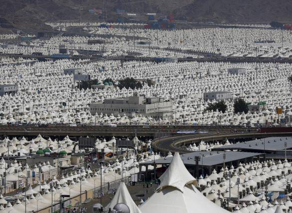 A view of the camp city at Mina, near the holy city of Mecca September 24, 2015.  REUTERS/Ahmad Masood