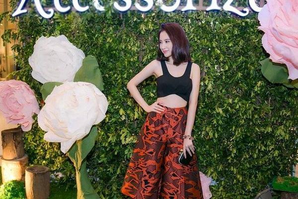 saostar - Angela Phương Trinh, Diễm My, Hương Giang Idol (7)