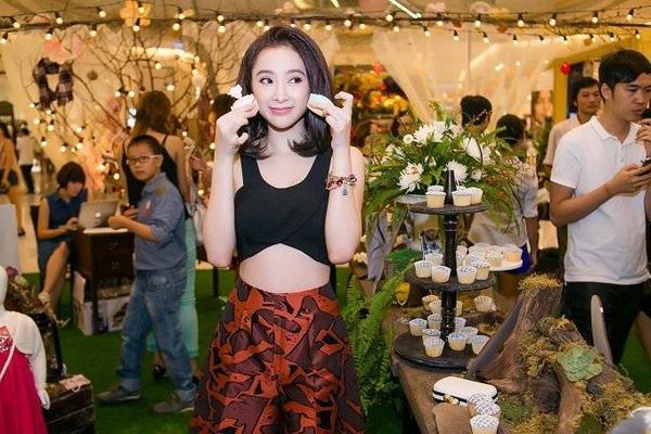saostar - Angela Phương Trinh, Diễm My, Hương Giang Idol (8)