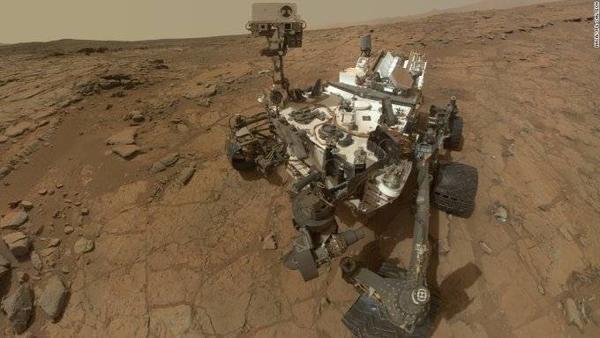 Một trong những rô-bốt thám hiểm đang hoạt động trên sao Hỏa từ năm 2012, chưa đảm bảo điều kiện vô trùng đê tiếp cận các khu vực có nước lỏng.