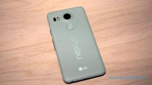 Mẫu Nexus 5 đến từ Google.