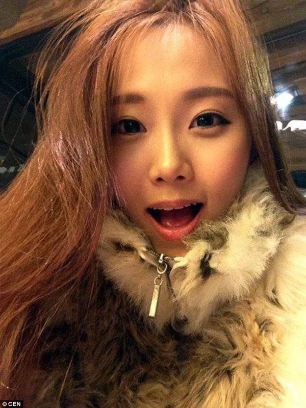 Không chỉ dành nhiều lời khen ngợi cho vẻ đẹp của Kim Miso, nhiều cư dân mạng còn bày tỏ lòng ngưỡng mộ dành cho quyết định thay đổi nghề nghiệp đầy dũng cảm của người đẹp này.