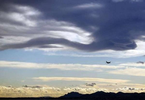 Máy bay chở theo 10 người của hãng hàng không Aviastar khi đang bay đến thủ phủ đảo Sulawesi, Indonesia.