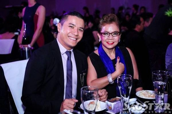 Kasim Hoàng Vũ và mẹ.