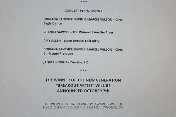 Hình ảnh tiết mục Trở về dòng sông tuổi thơ và tên Thu Phương trên website World Choreography Awards được anh đính kèm.