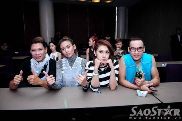 Miss on the mix xây dựng hình tượng theo xu hướng DJ quốc tế - một siêu mẫu kết hợp cùng một DJ. Hiện tại, dự án này có 2 cặp đôi tài năng là: siêu mẫu Võ Hoàng Yến - DJ Kaiser và người mẫu Huỳnh Vân - DJ Tio.