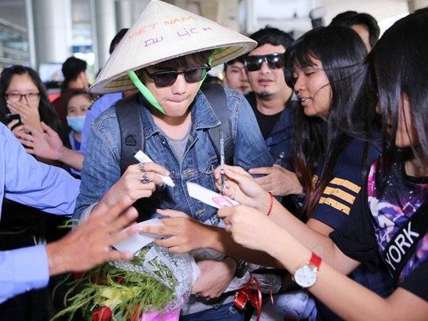 """Là một diễn viên trẻ, nhưng tài năng và sự điển trai của mình, nam diễn viên """"ma nữ tìm chồng"""" đã chiếm được tình cảm của hàng triệu khán giả Việt Nam."""