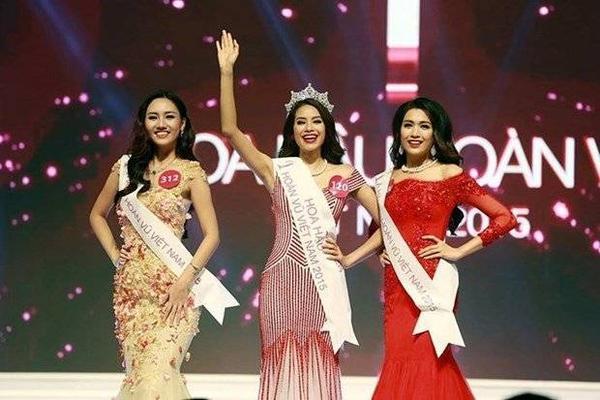 Hoa hậu Hoàn vũ Việt Nam 2015 Phạm Thị Hương (giữa) cùngÁ hậu 1 Ngô Trà My (trái) vàÁ hậu 2 Đặng Thị Lệ Hằng - Ảnh: Đ.Lập