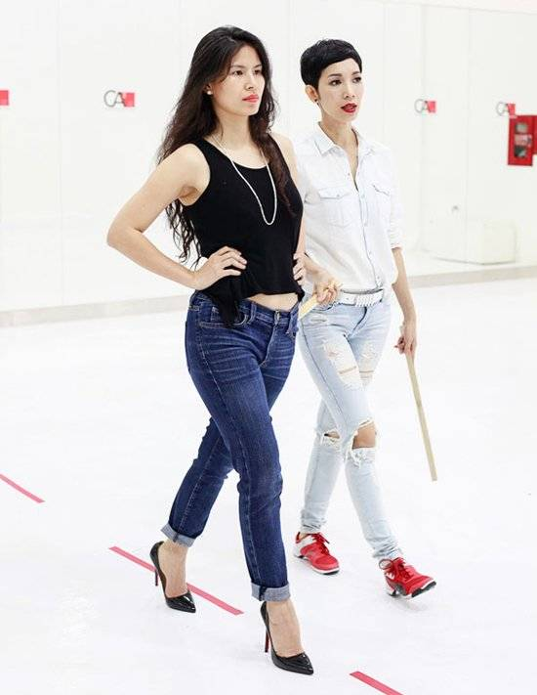 Năm 2008, Xuân Lan giải nghệ, cô chuyển sang công việc đào tạo người mẫu trẻ, làm đạo diễn thị phạm catwalk cho các chương trình thời trang. Ngoài ra, chân dài sinh năm 1978 còn truyền đạt kinh nghiệm lâu năm qua vai trò host của 2 mùa giải Vietnam's Next Top Model. Dù không còn trực tiếp trình diễn, Xuân Lan vẫn là cái tên nổi bật trong giới.
